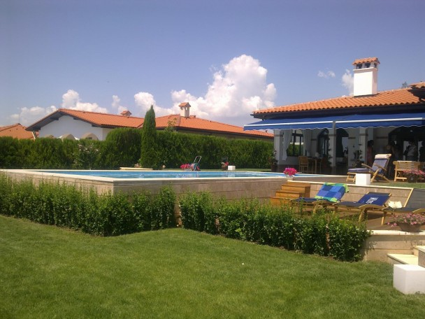 house with swimming pool in Bulgaria