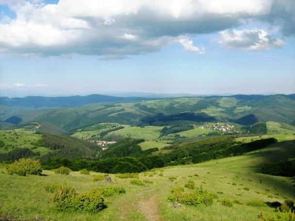 bulgarian-beautiful-countryside