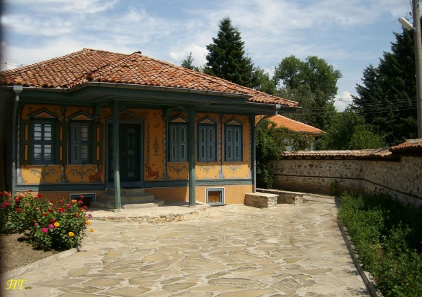 old style bulgarian house