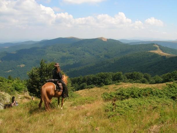 landscape bulgaria horseriding