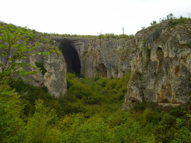prohodna cave in Bulgaria